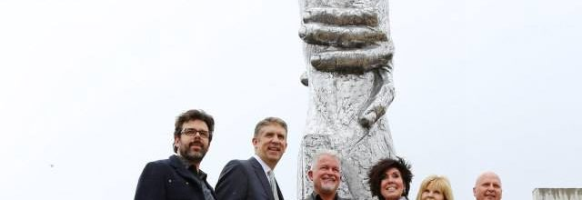 Develan Estatua de la Responsabilidad propuesta por Viktor Frankl
